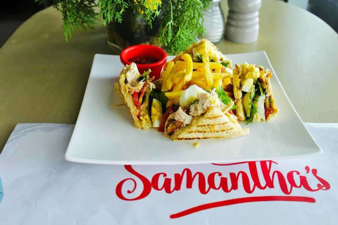 Chicken & Egg Club Sandwich
